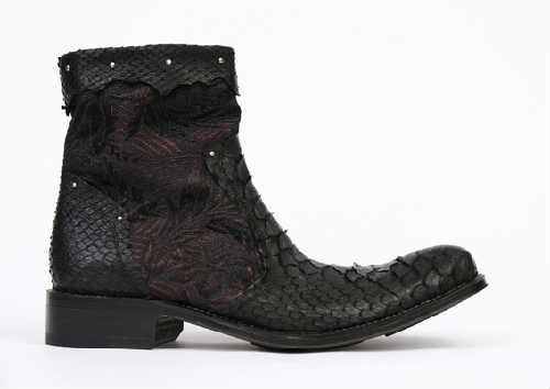 Boots Blackstone python