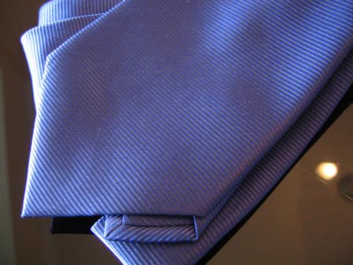 Cravate soie bleue