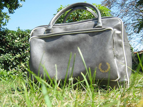 sac-fred-perry-gris