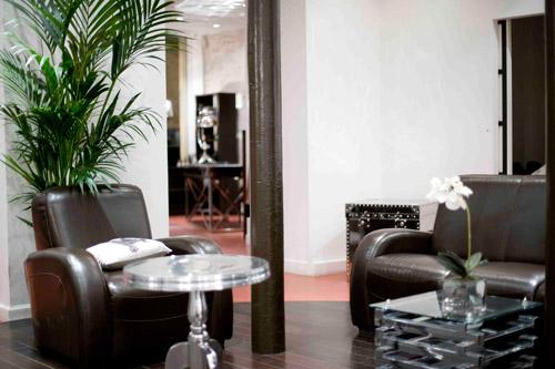 magn 39 hom paris. Black Bedroom Furniture Sets. Home Design Ideas