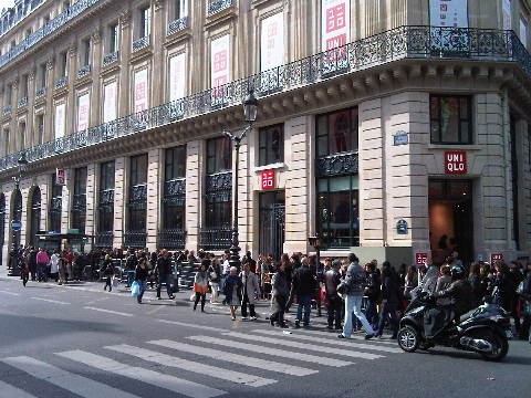 Uniqlo Paris