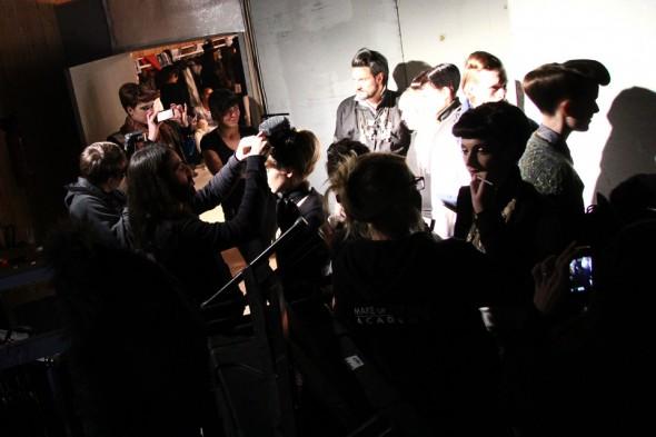 6-backstage-defile