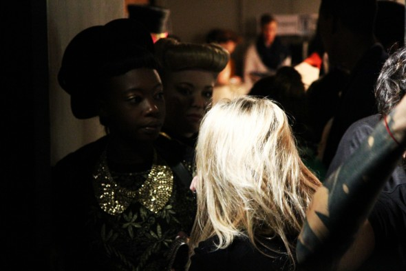 7-backstage-defile