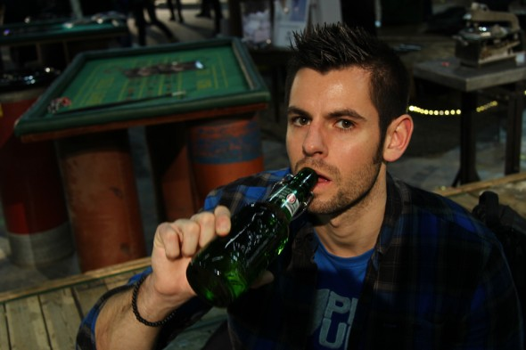 drinking-grolsch