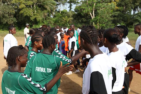 Hummel en Sierra Leone