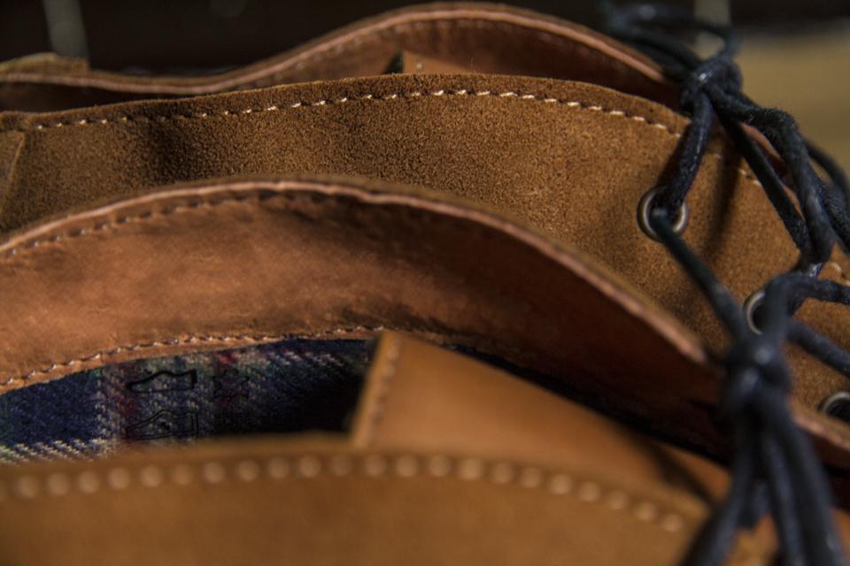 details desert boots moustache