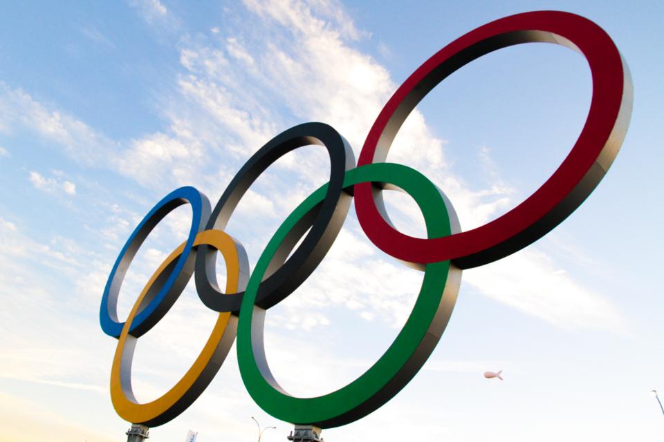 anneaux-olympiques-comme-un-camion-sotchi