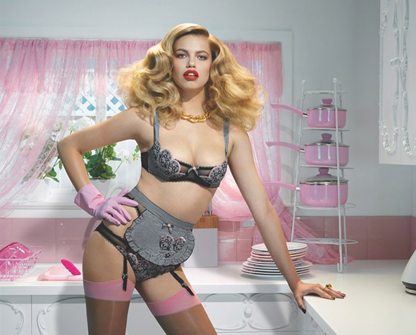 hailey clauson agent provocateur
