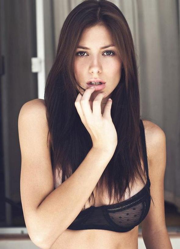 Alejandra Guilmant bouche sexy