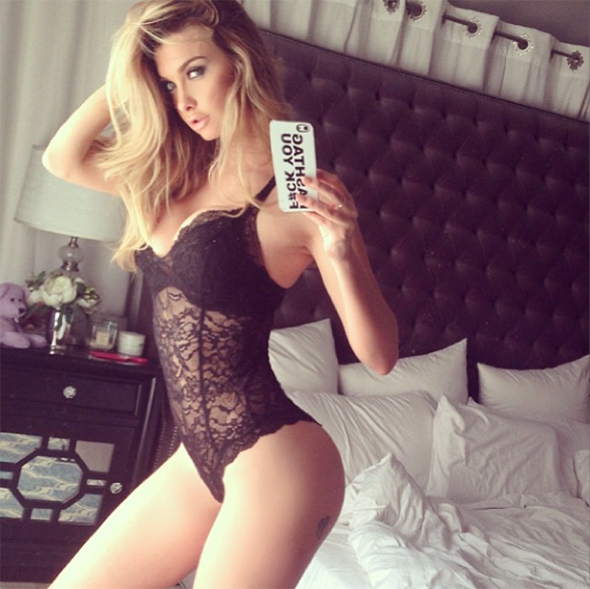 Selfies sexy body Emily Sears