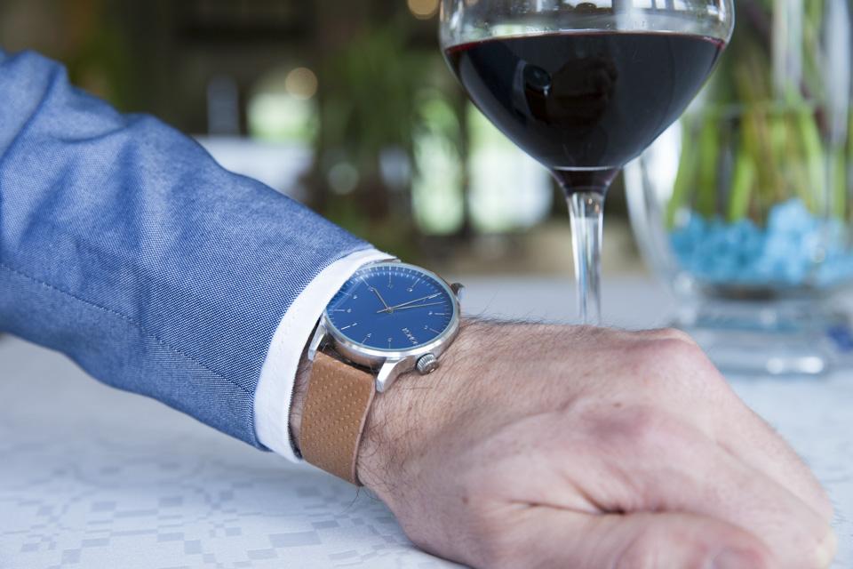 max-hotel-tumulus-montre