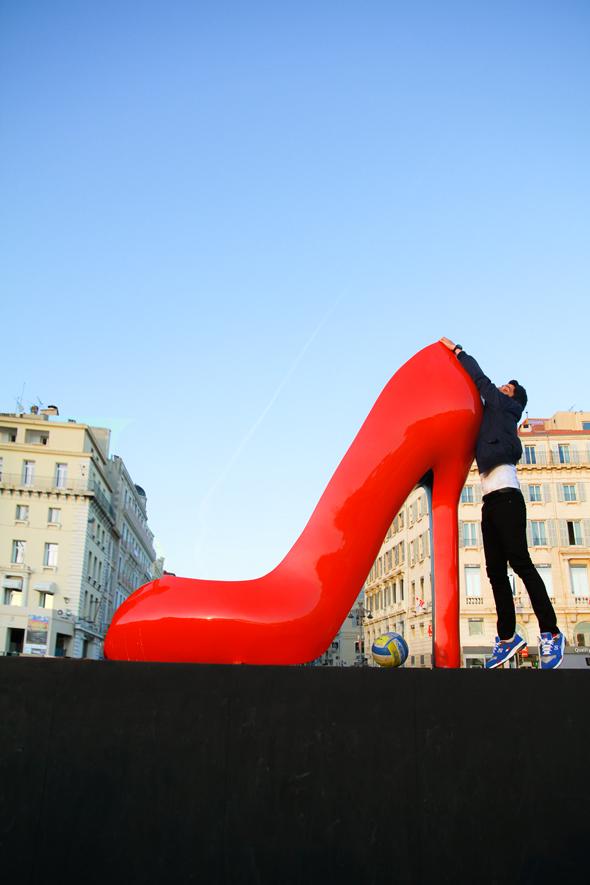 chaussure-vieux-port-art-marseille