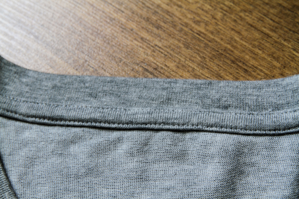 t-shirt-uniqlo-details