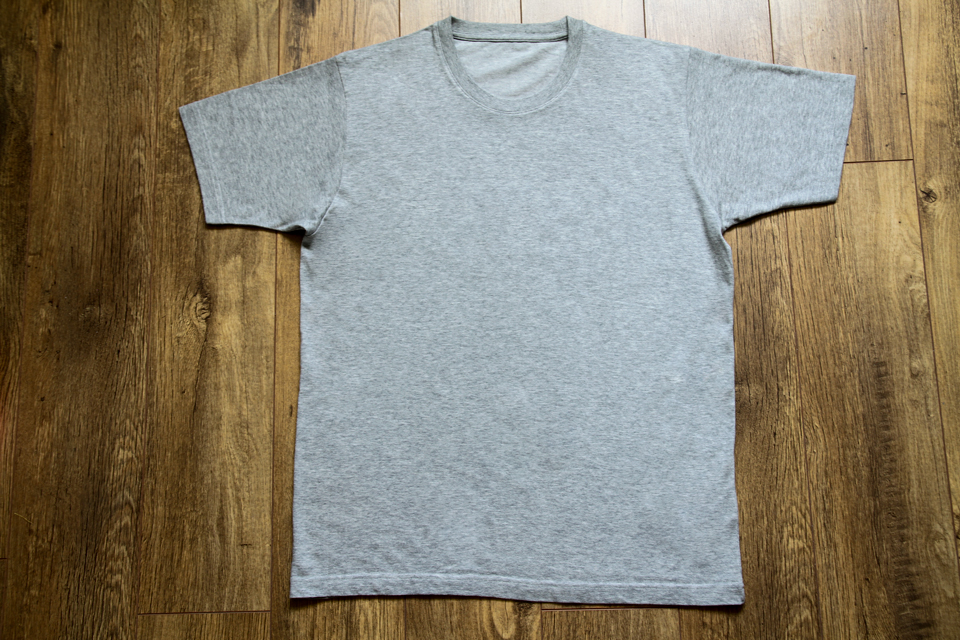 t-shirt-uniqlo