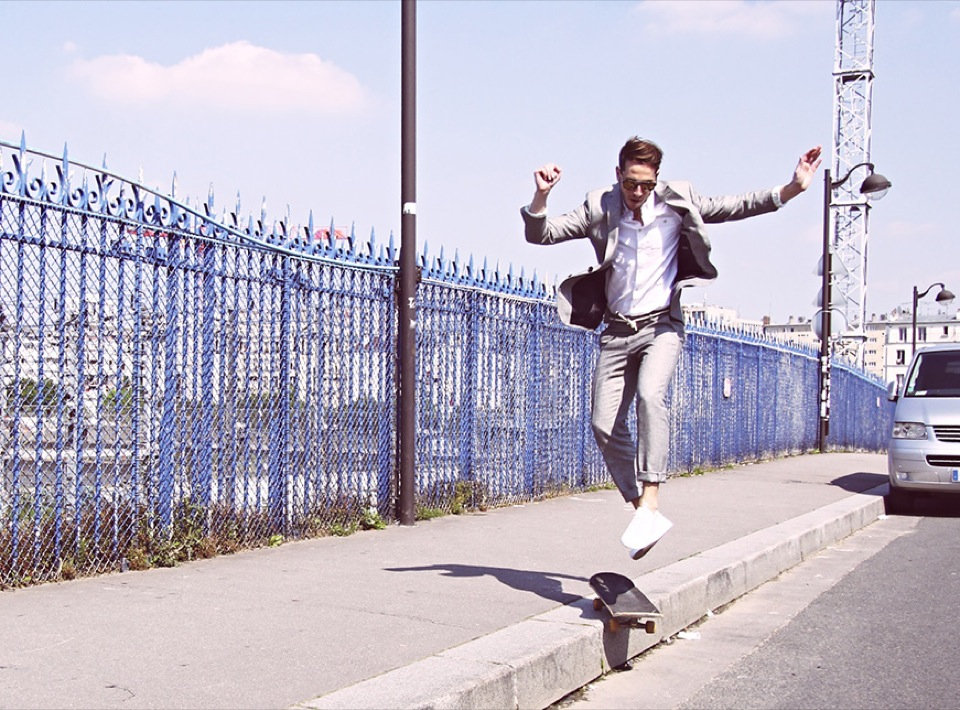 Tony Skate Action