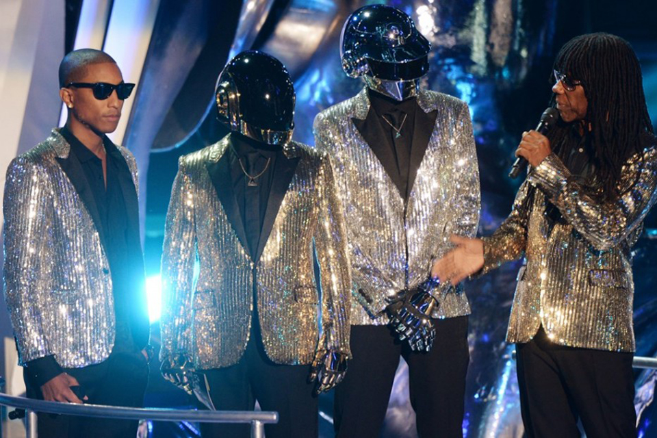 pharrell williams daft punk shiny suit