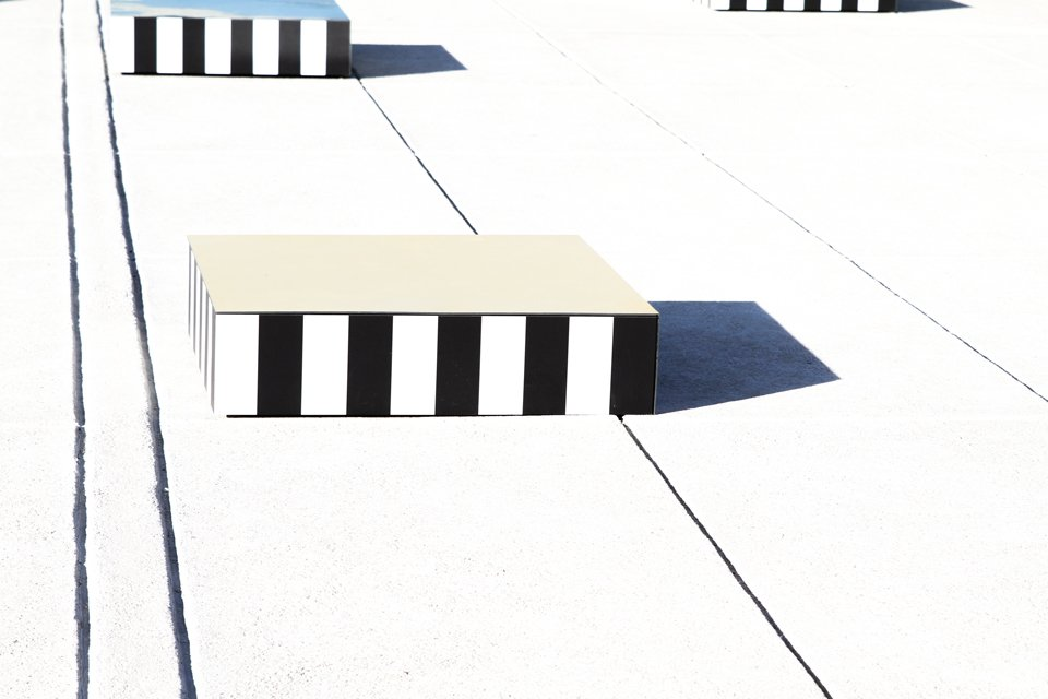 colonnes-buren-corbusier-marseille