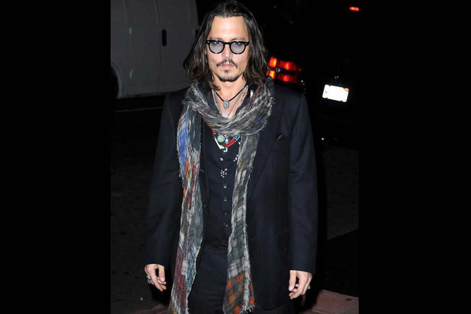 icone-de-style-johnny-depp-scarf