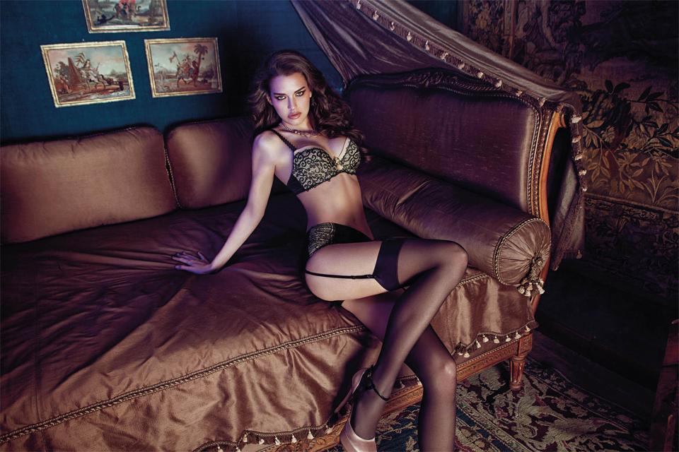 iris kavka model