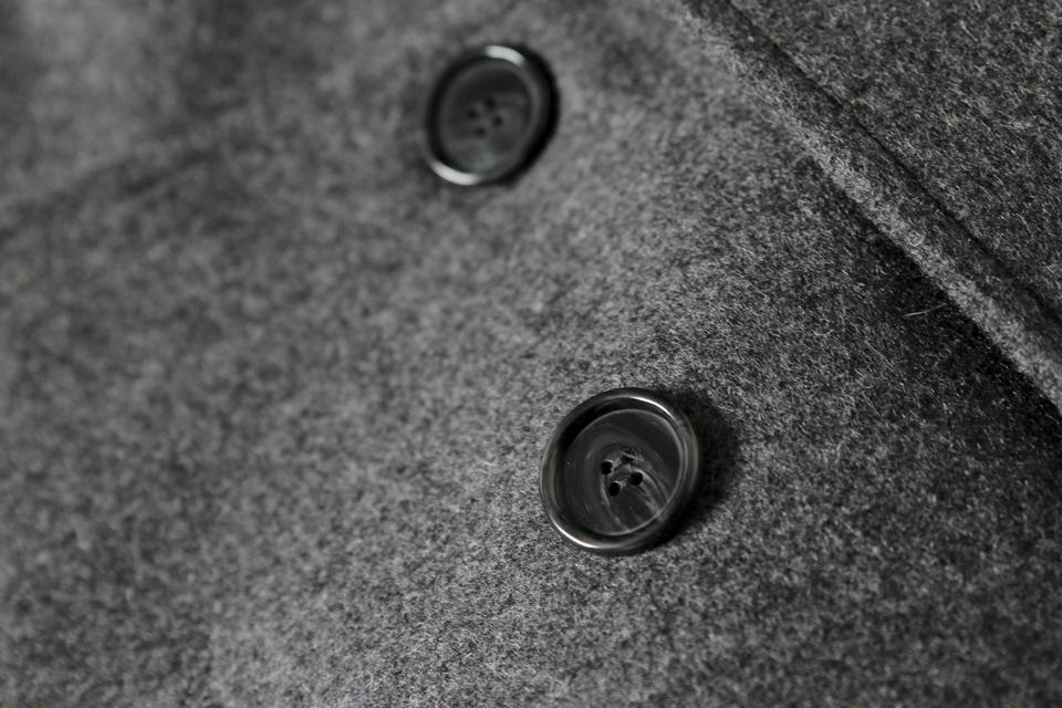 caban menlook label boutonniere