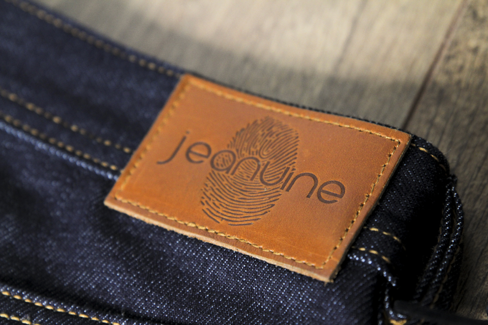 jeanuine patch cuir