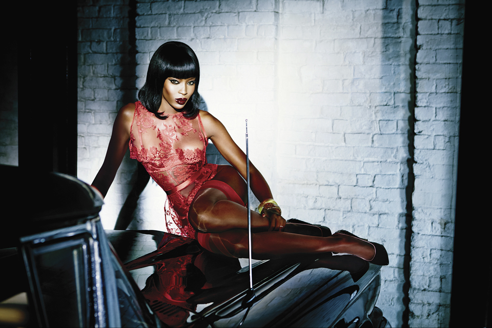Naomi-Campbell-in-Honney-in-Agent-Provocateur