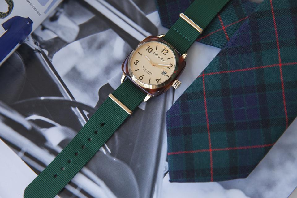 hms-champagne-bracelet-vert-cravate-balibaris