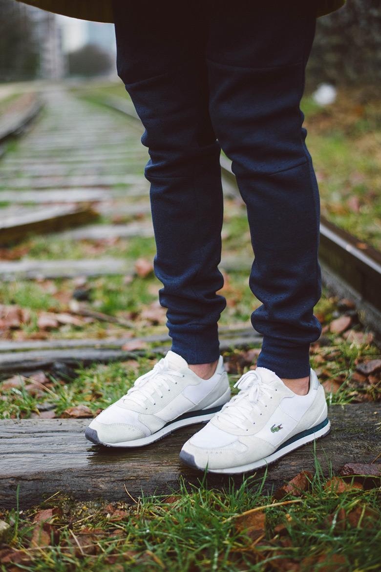 look cuc jogpant nike sneakers lacoste live