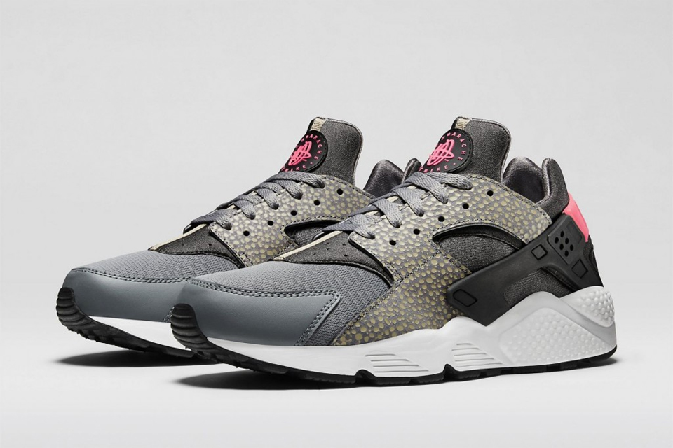 low priced 4e095 ee347 Nike Air Huarache  Lhistoire de cette basket mythique