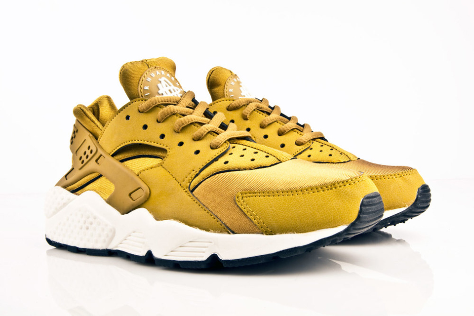 2015 NIKE AIR HUARACHE rouge jaune