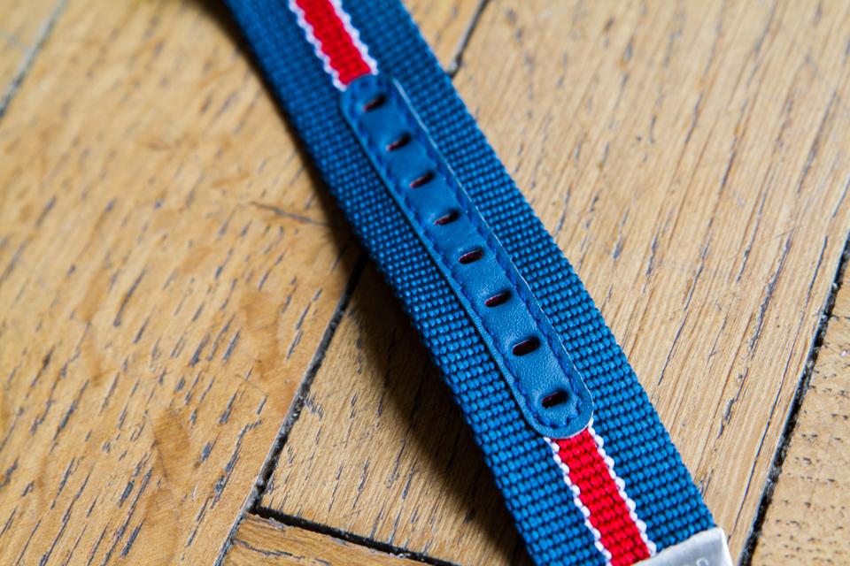 bracelet-nato-detail-cuir-hamilton
