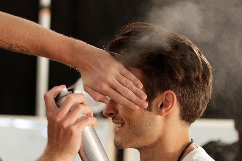 coiffure laque homme