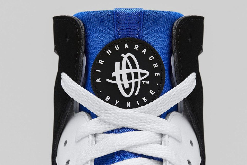 nike air huarache logo