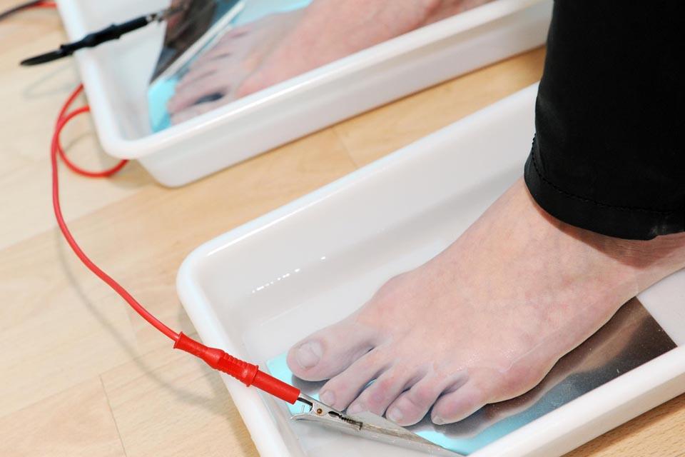 solution transpiration pieds ionophorèse