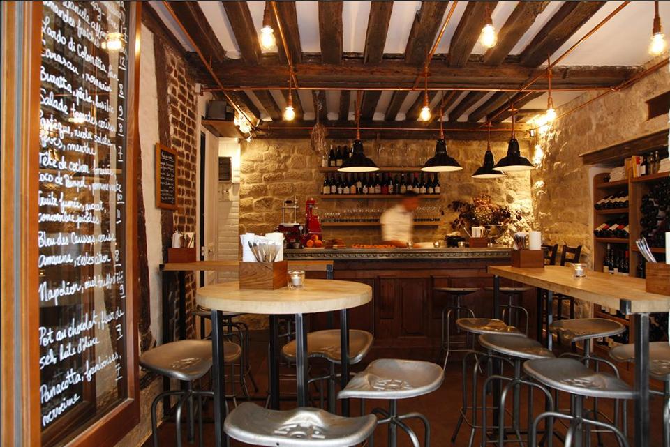 10 bars vin dans paris. Black Bedroom Furniture Sets. Home Design Ideas