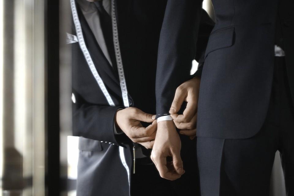 mariage préparer son costume de marié mesures tailleur measuring tailoring