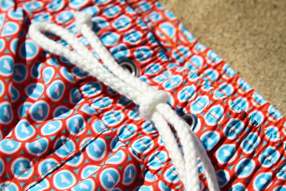 Cordon serrage maillot de bain