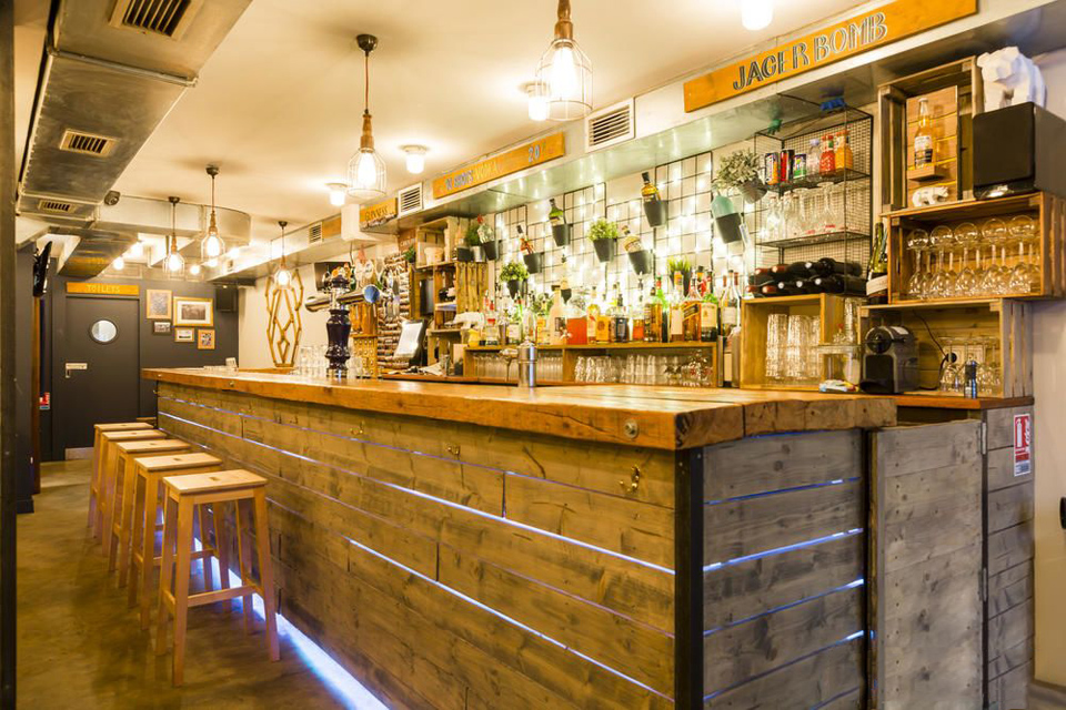 little big bear bar pub paris