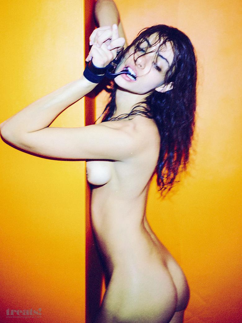 treats magazine erotique
