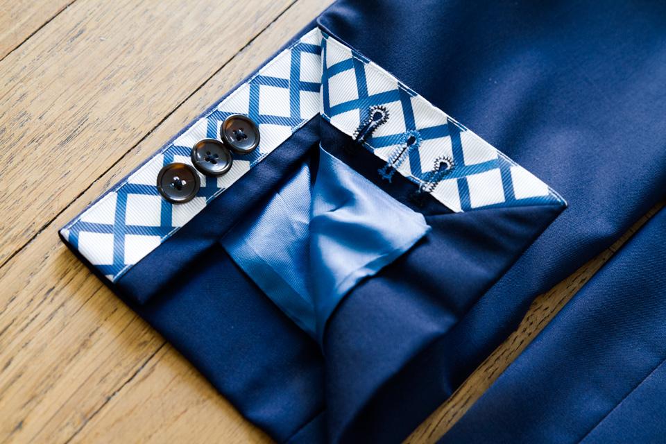 boutonniere-veritable-veste-cavalier-bleu