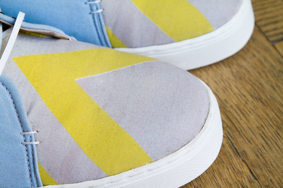 Someone Shoes Travel Printed Yellow Sneakers