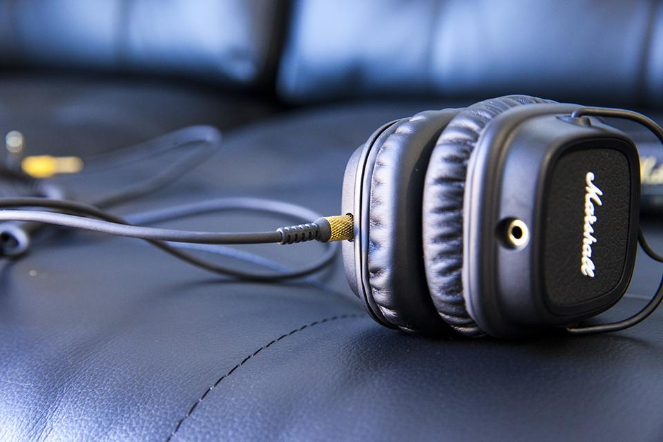 Marshall headphones black