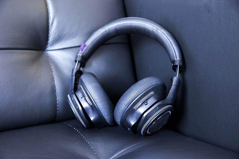 Backbeat Pro