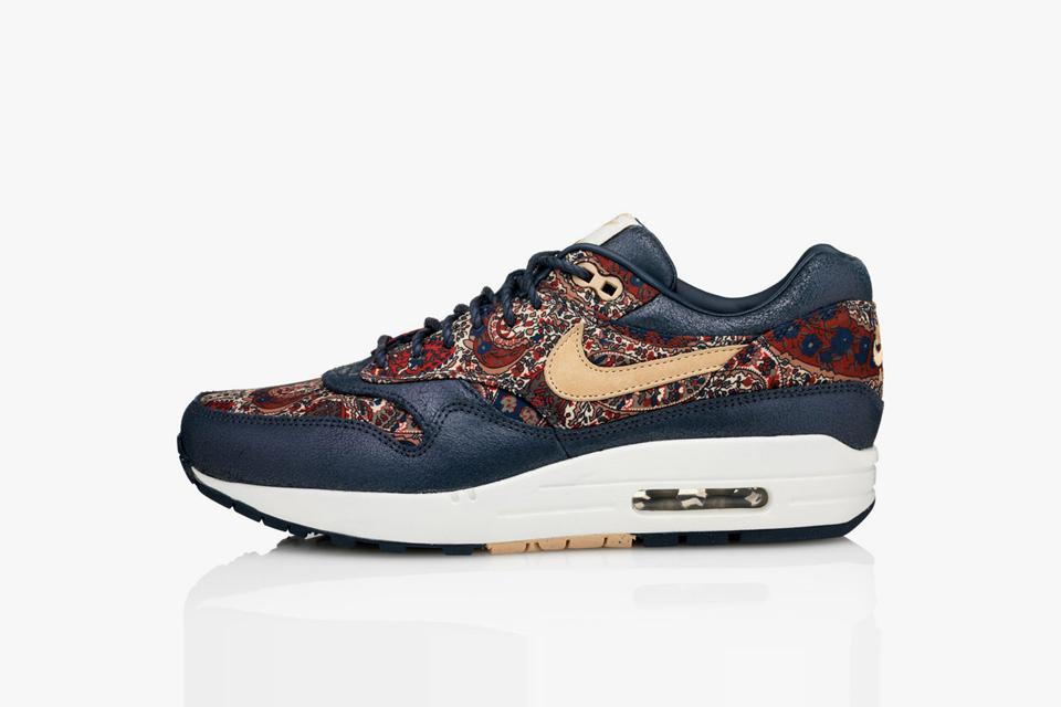 (2014) Liberty x Nike