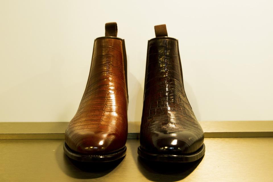 carlos-santos-micam-chelsea-boots