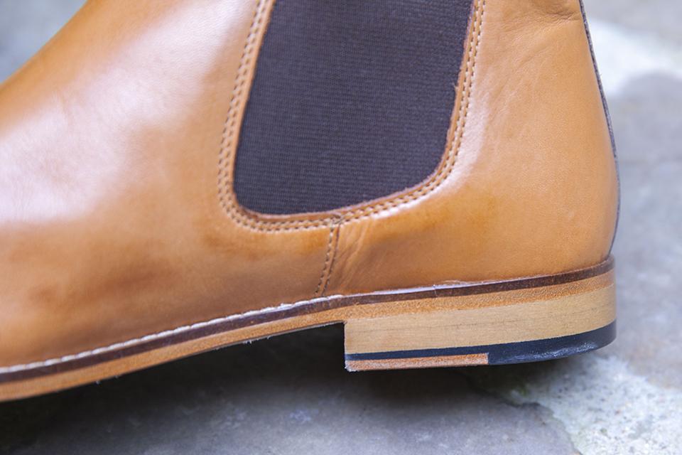 Chelsea boots Pied de biche talon