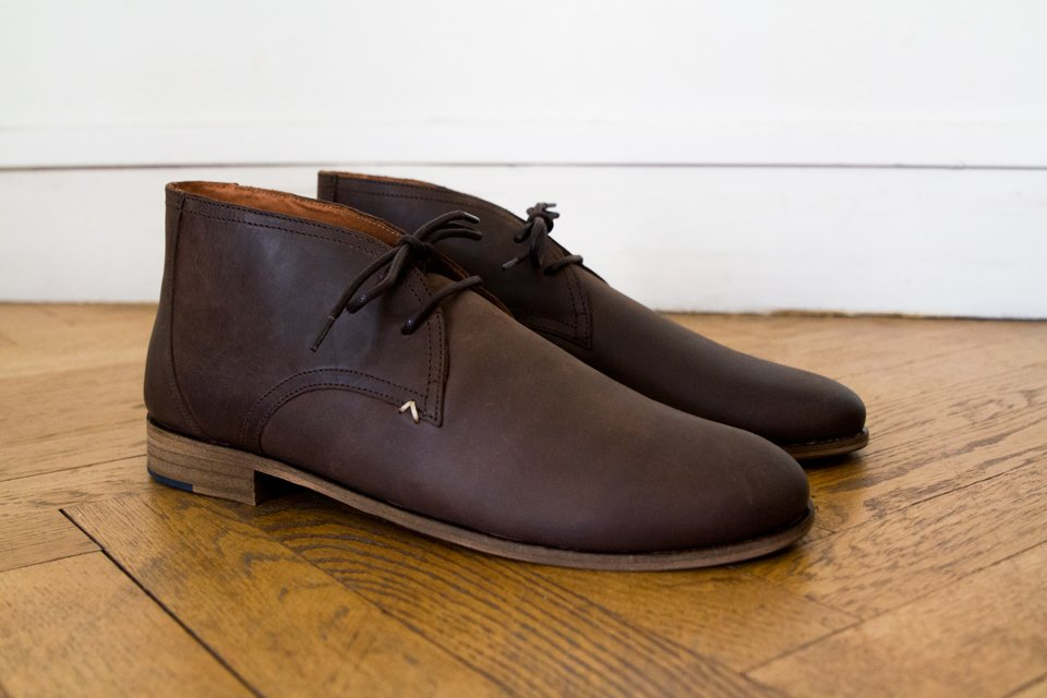 chukka-boots-moustache-armand