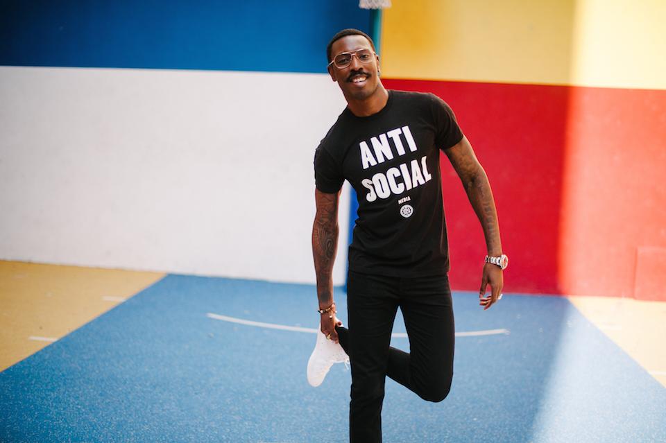 look tshirt noir obey