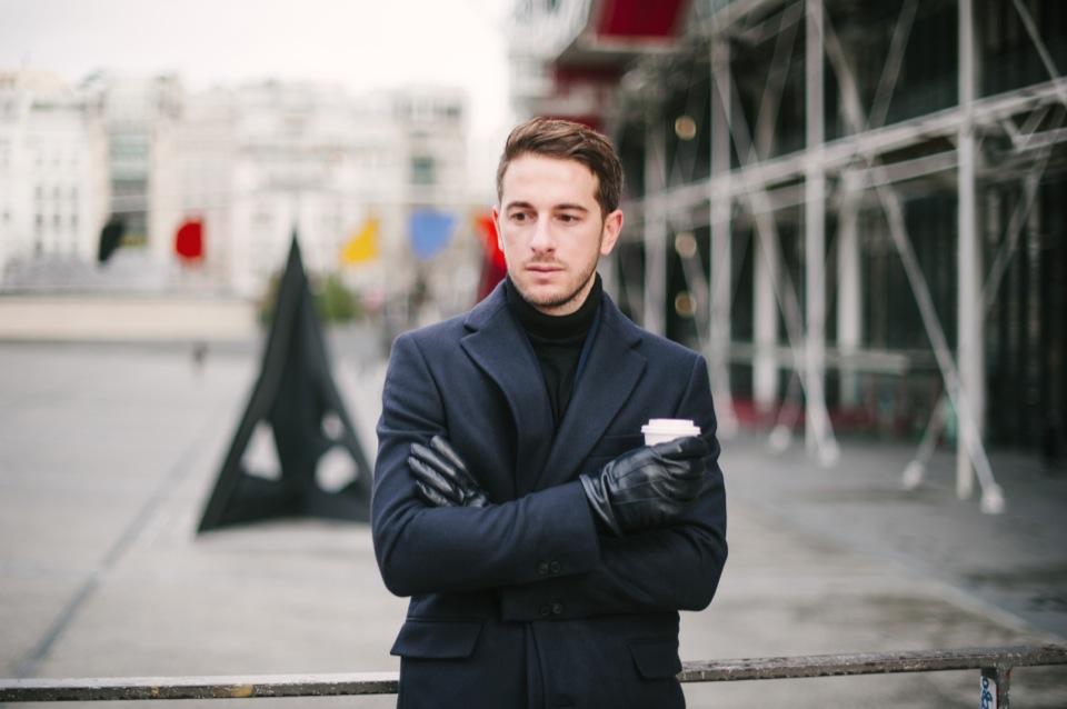 Pompidou Portrait Manteau Melinda Gloss
