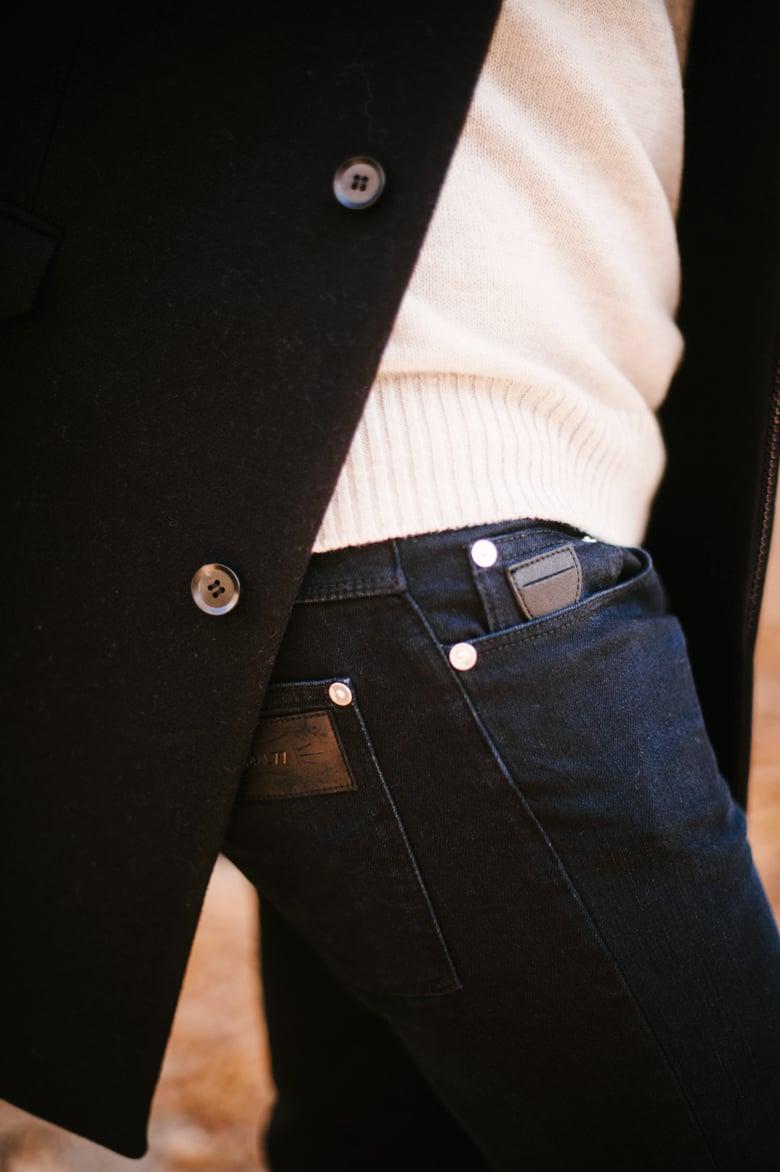 april-77-joey-blue-black-jeans